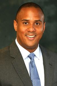 Dr. Munroe Periodontist in San Diego - Dental Implant Dentist San Diego