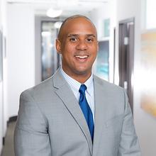 Dr. Stephen Munroe San Diego Periodontist